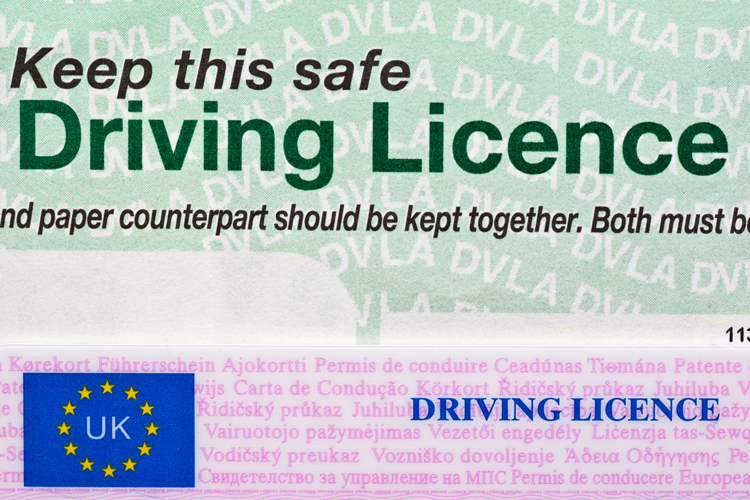 How to renew a driving licence?