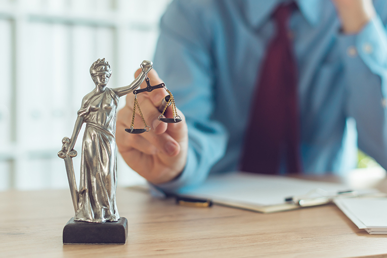 How to complain about a solicitor?